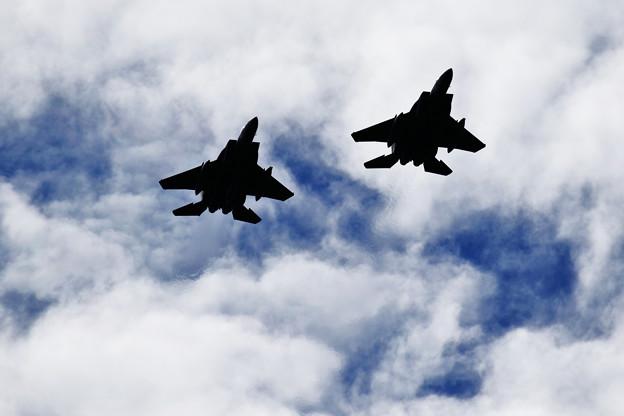 Photos: F-15 Over Head approach
