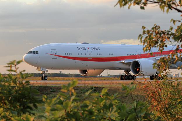 Boeing 777 Cygnus11 Nightへ (1)