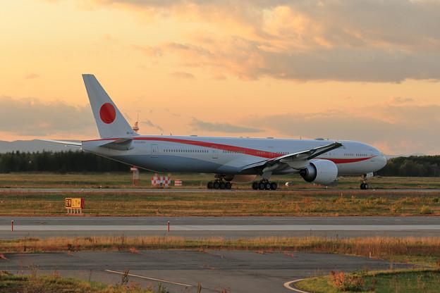 Boeing 777 Cygnus11 Nightへ (3)