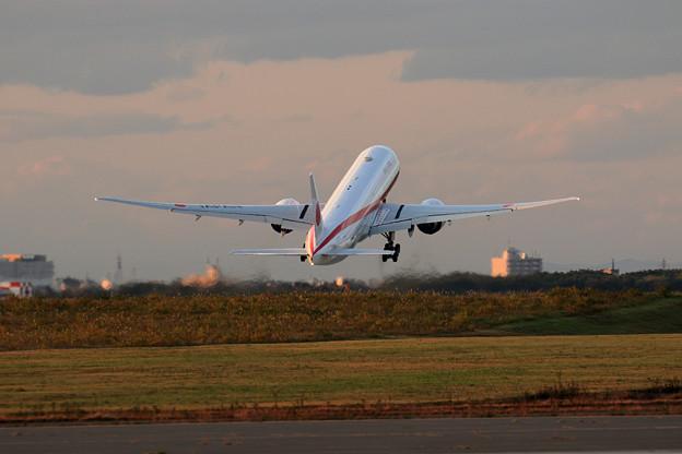 Boeing 777 Cygnus11 Nightへ (4)