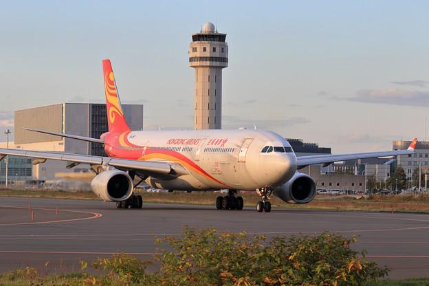 A330-300 久しぶりに香港航空 B-LNP
