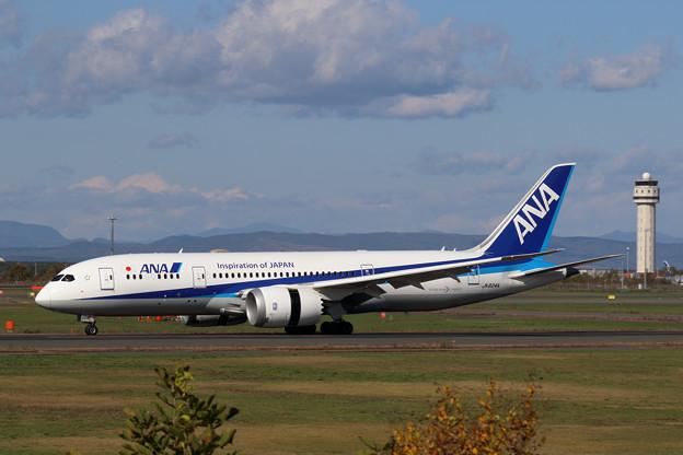 Boeing 787-8 JA824A ANA