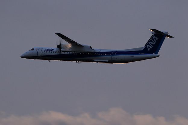 Q400 JA859A takeoff