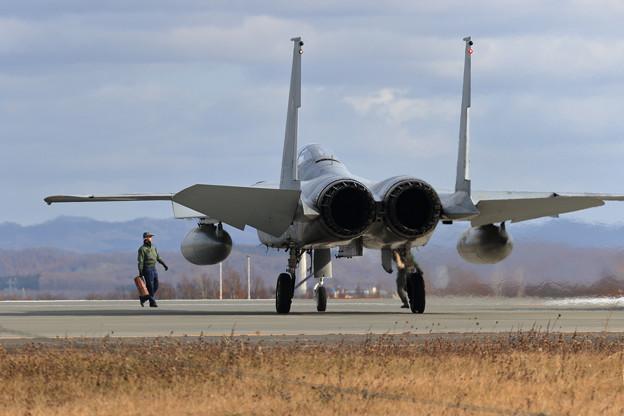 F-15J Chock remove