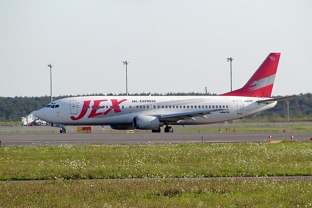 B737-400 JA8991 JEX CTS 2002.08