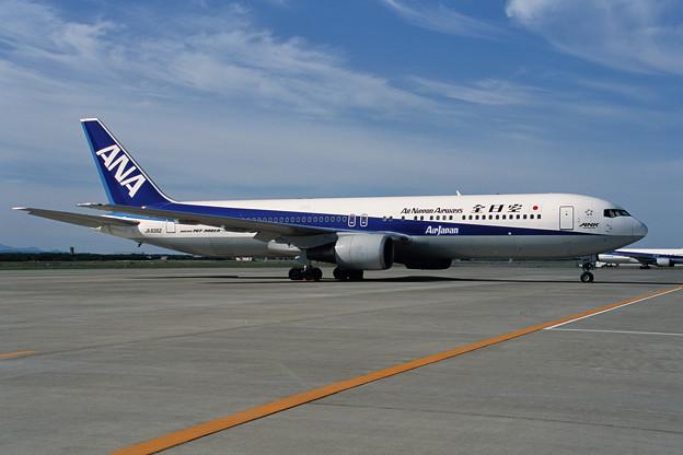 B767-300 JA8362 全日空 CTS 2001夏