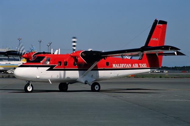 DHC-6-300 C-FBKB Maldivian Air Taxi CTS 2001夏