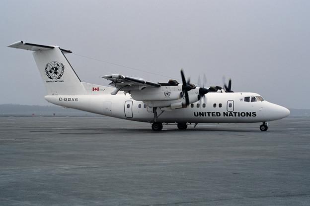 De Havilland Canada DHC-7 C-GGXS UN CTS 2001 (1)