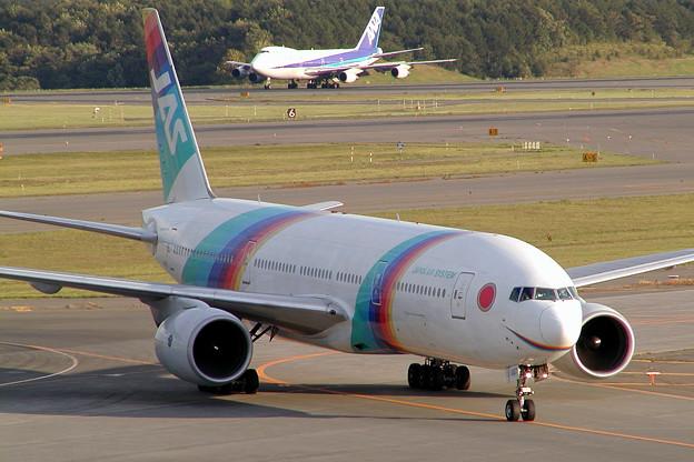 Photos: B777-200 JA007D JAS 2002.09