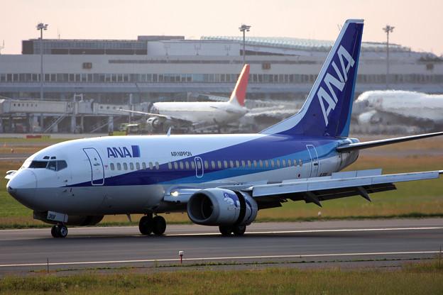 B737-500 JA301K ANA 2008