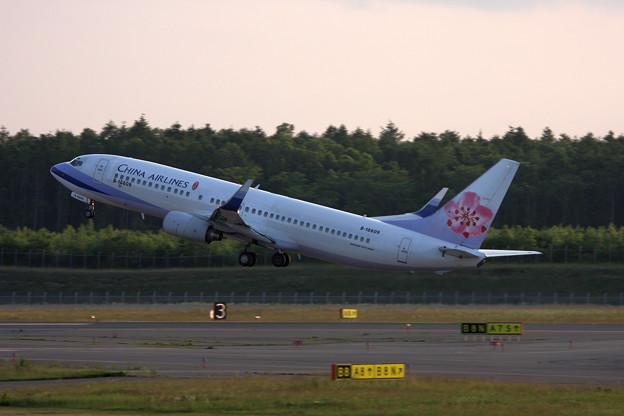 B737-800 B-18609 CAL CTS 2008.07