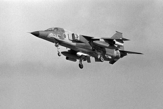 Photos: F-1 8223 3sq MSJ 1980