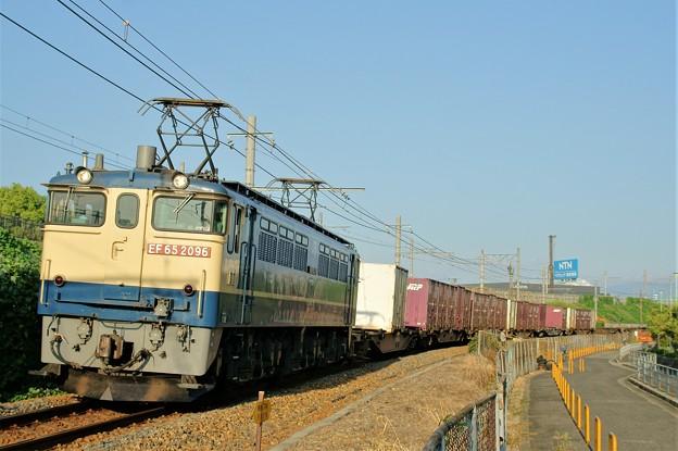 74レ【EF65 2096牽引】