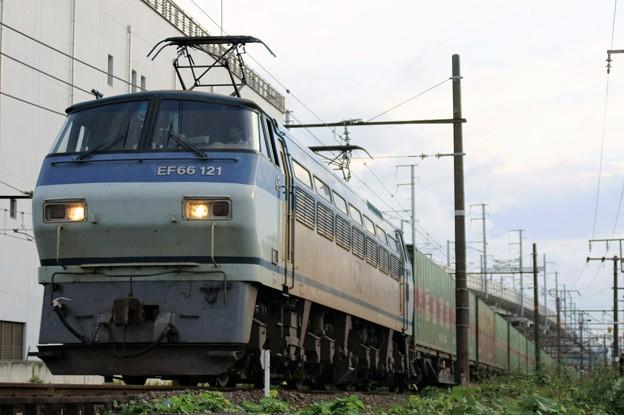55レ【EF66 121牽引】
