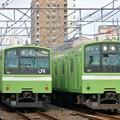 Photos: 201系 並び:おおさか東線