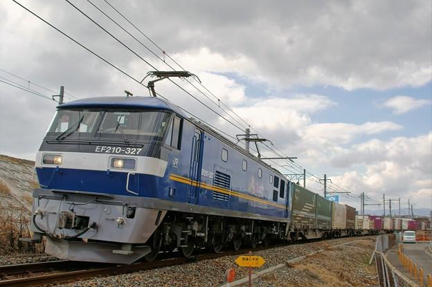 1052レ【EF210-327牽引】