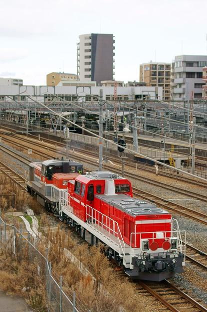 川重出場【DE10 1561+DD200-11】