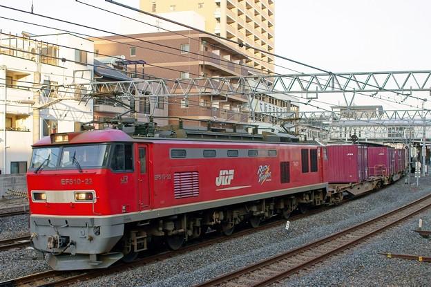 84レ【EF510-22牽引】