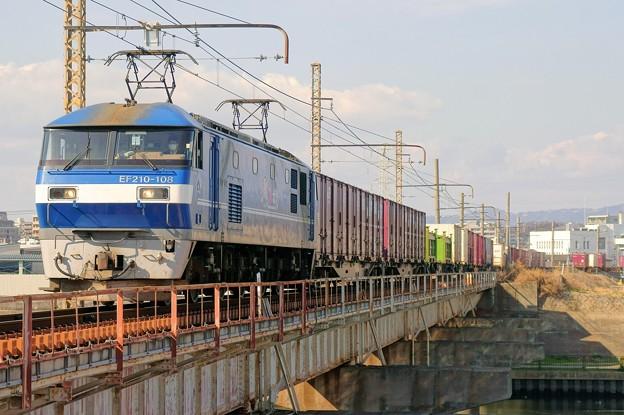 1086レ【EF210-108牽引】