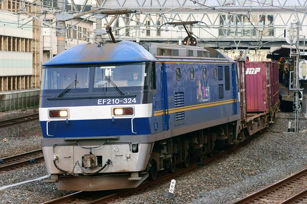 84レ【EF210-324代走】