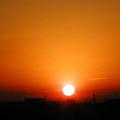 写真: 冬の朝日です。 PC180358