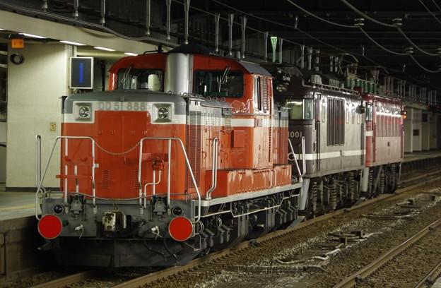 EF81 134+EF64 1001(AT入場)+DD51 888(展示) 配給輸送(後追い)