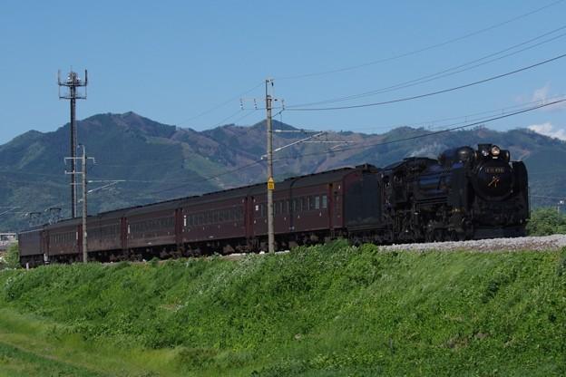 D51 498+旧型客車5B+EF64 37 SL本物の出会い栃木号 返却回送