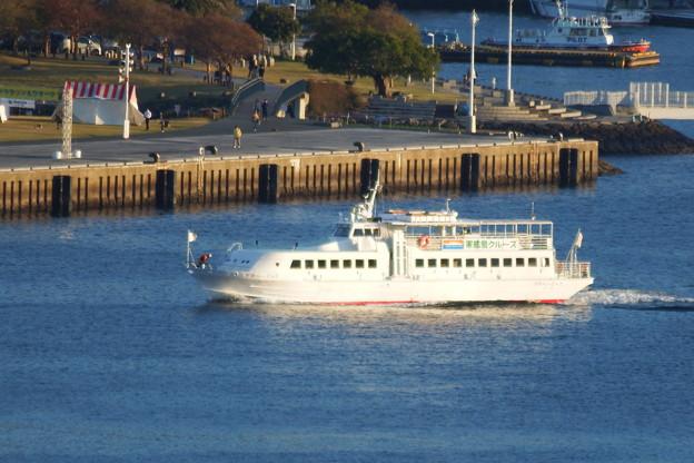 軍艦島観光の船
