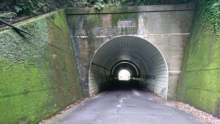 202000814 kotsukotsu tunnel 003