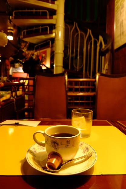 タメ年喫茶