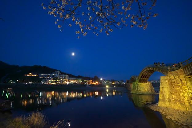 月・桜・錦帯橋