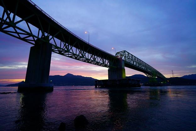 残照 大島大橋