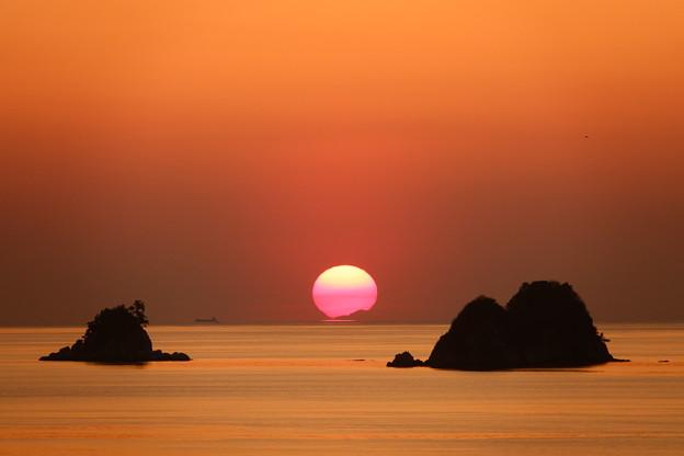 ダルマ夕日 叶島の彼方へ