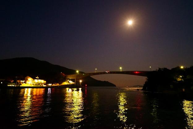 上関海峡 月の夜