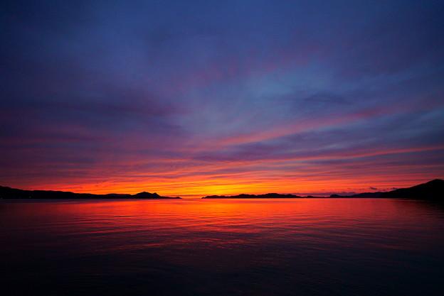 紅の平生湾