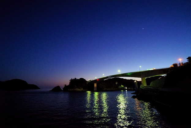 一番星、上関大橋の夕空に