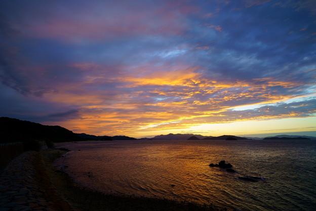 金色の夕焼け雲
