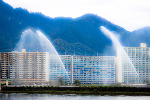 琵琶湖の放水