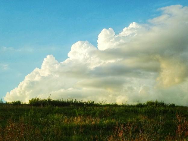 転げ落ちそうな雲