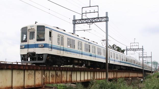 東武8000 at 藤の牛島