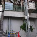 Photos: 階段移動用リフトとエレベーター