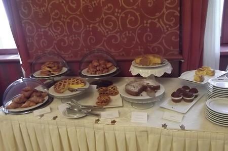 サンマリノ・ホテル朝食0128