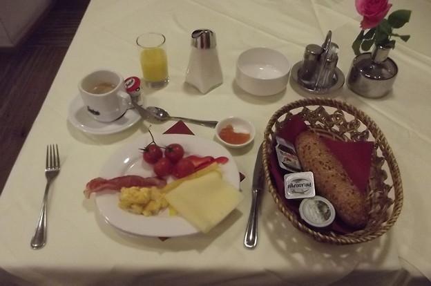メルク・ホテルの朝食0116