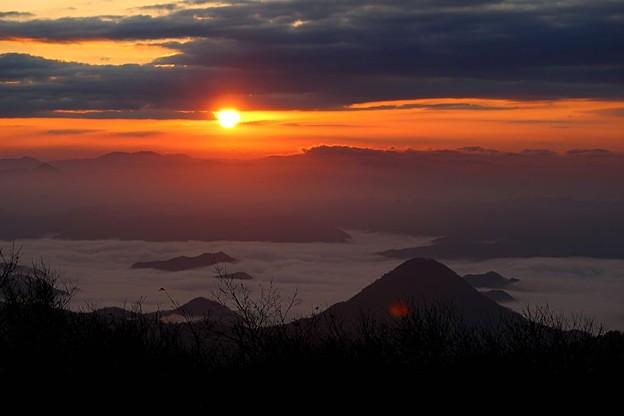Photos: 日の出と雲海