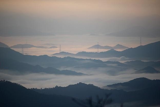 水墨画の様な雲海~大江山~