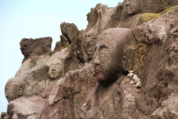 山形 十六羅漢岩 140714 02