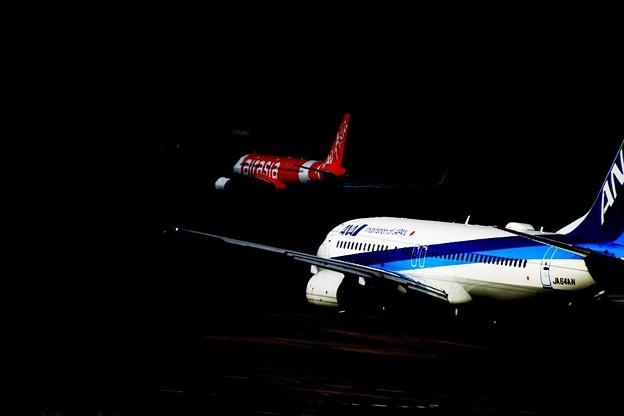 Photos: 夜間飛行