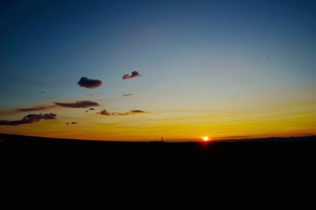 Photos: 秋の夜明け