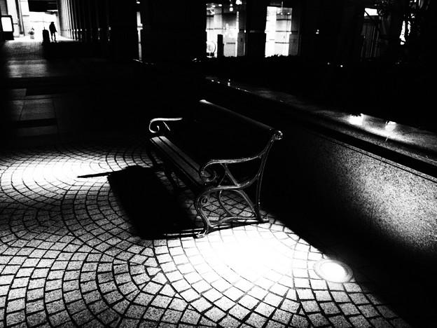 光と影の指定席