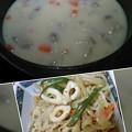 Photos: 大量クリームシチューと味付けはジャンのみモヤシ炒め☆